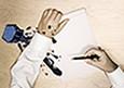 Как вывести пятна от ручки. Советы от химчистки «Мобильный портной» (СПБ) Как вывести пятна от ручки. Советы от химчистки «Мобильный портной»