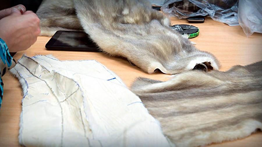 Ремонт рукава шубы из мутона